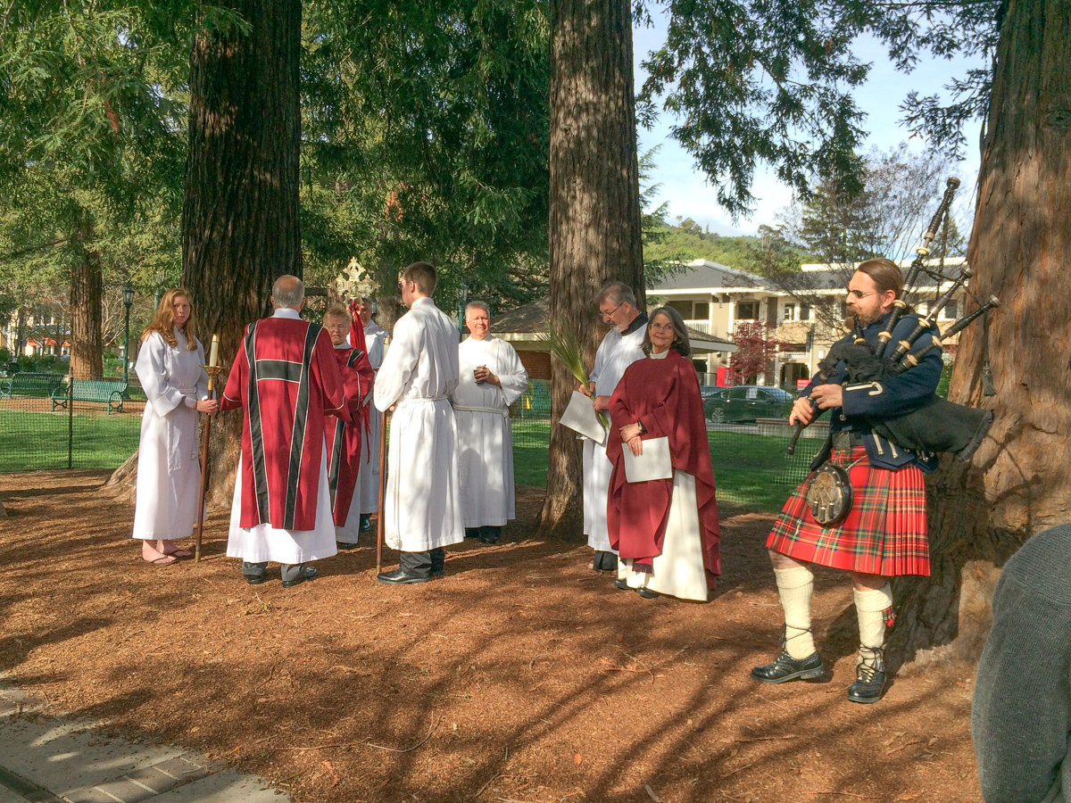 Procession Party with Bagpiper
